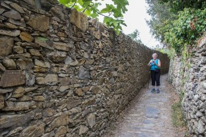 Here in the very last section of the trail the walls are tall and the path is wide and smooth.