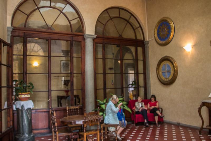 """the """"lobby"""" of the Casa Santo Nome di Gesu"""