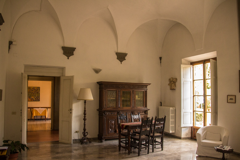 Meeting room on first floor of Casa Santo Nome di Gesu in Florence.