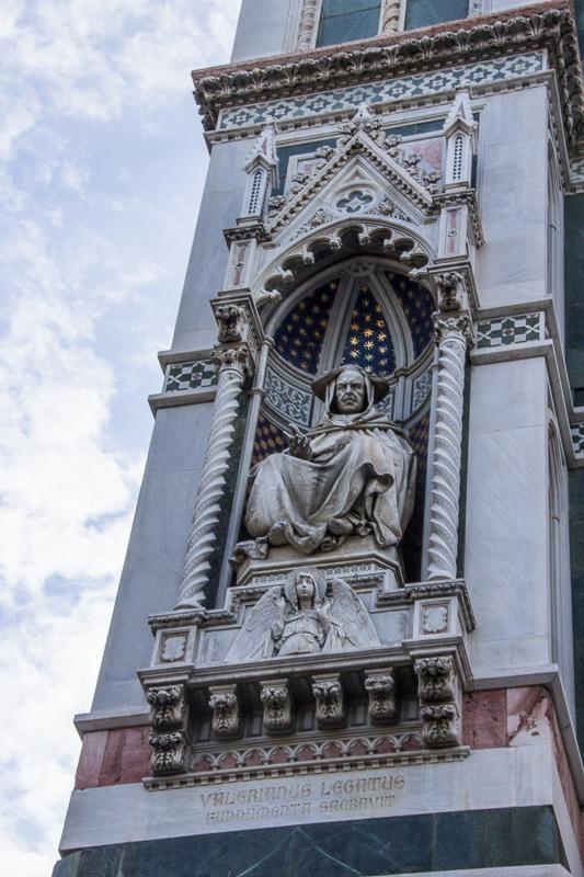 Corner sculpture on Duomo