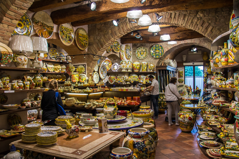 pottery store in San Gimignano
